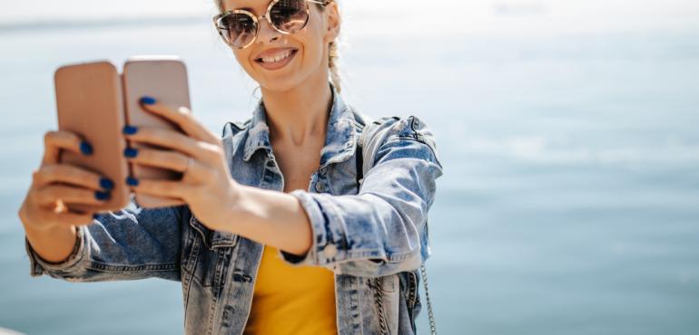 gestione social media in vacanza